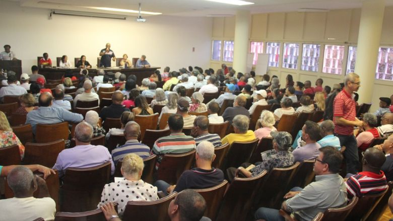 Público_assembleia